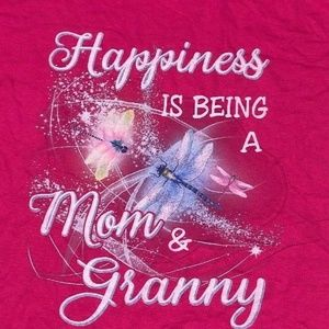 Tops - Happiness is being a mom and a granny XL T-shirt